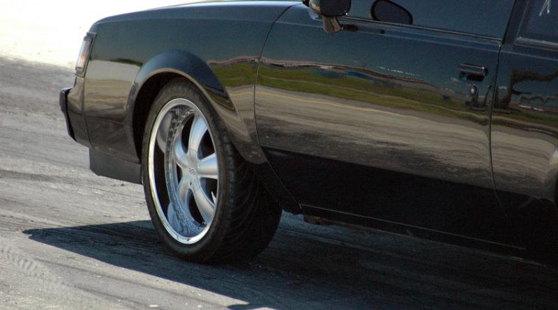 Jak usunąć rdzę z samochodu?